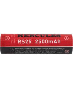 Accu RS25 Hercules au format 18650de Fumytech, quioffre une capacitéde 2500mAh et un courant de décharge maximum de 20A en continu.